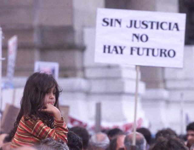 Protesta contra la C...