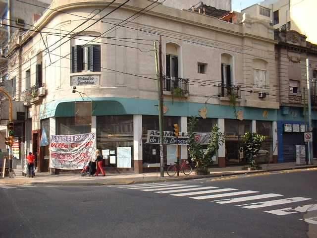 Okupa Villa Crespo: ...