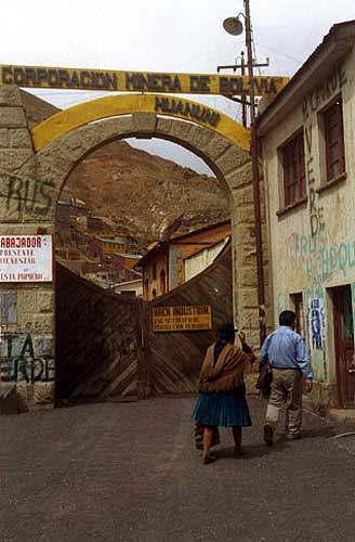 "La imagen ""http://argentina.indymedia.org/uploads/2003/11/2.jpgcmygip.jpg"" no puede mostrarse, porque contiene errores."