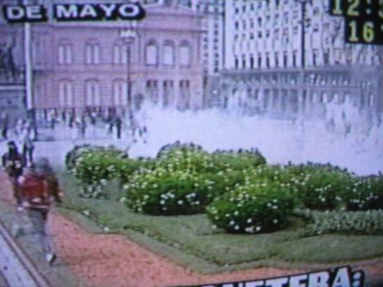 Plaza gaseada...