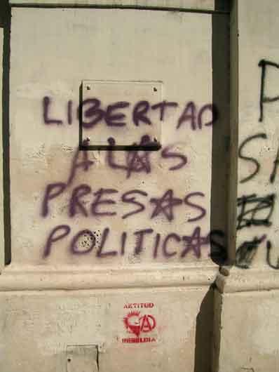Libertad a los preso...