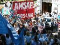 "Lucha docente: 10.000 manifestantes gritan ""No hay tregua"" (1)"