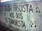 Imagenes del mural contra Bush.
