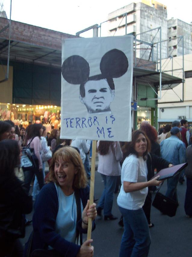 vos sos el terrorist...