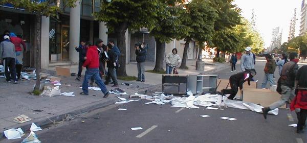 Armando barricadas...