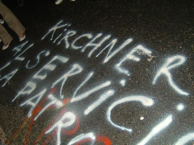 Kirchner al servicio...
