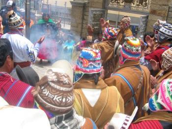 Indígenas de Abya Ya...