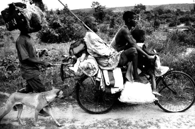 Hombres en bicicleta...