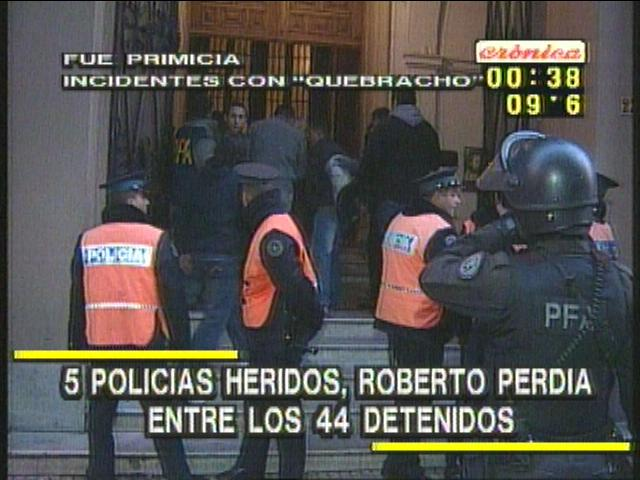 http://argentina.indymedia.org/uploads/2007/08/cabildo-quebracho.jpg