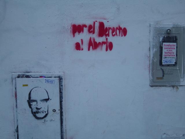 Más graffittis alusi...