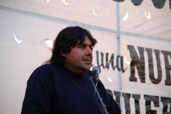 Nestor Segovia del C...