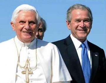 Lejos de Dios, cerca de George W. Bush