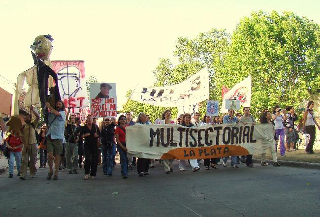 multisectorial...