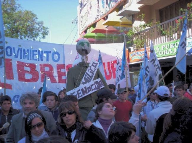 HOY CORRIENTES MARCH...