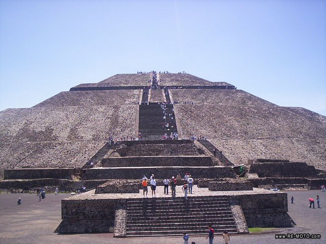 mex-teotihuacan-piramides.jpg, image/jpeg, 640x480