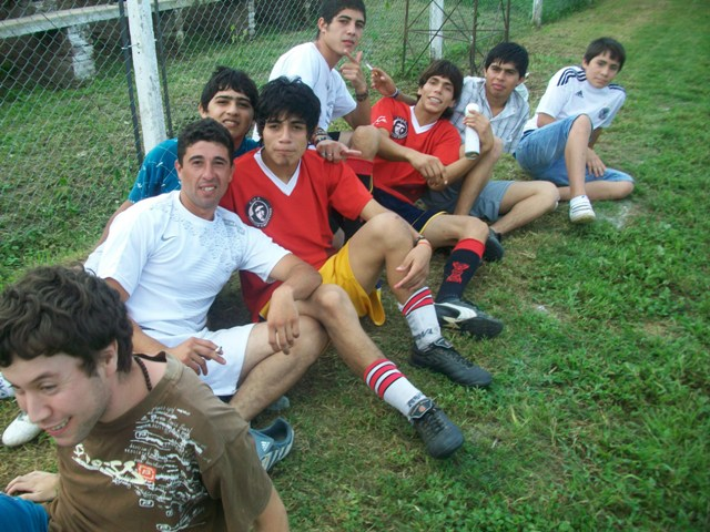 Club Atlético, Socia...