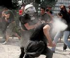 Europa est� que arde: Protestas en Irlanda, Grecia, Inglaterra, Italia, Portugal