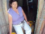 Tensi�n en Los Toldos: una mujer mapuche amenaz� con suicidarse en un desalojo