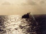 El HMS Edinburgh viene a reunirse con el HMS Coventry