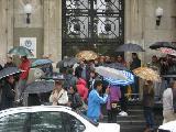 Asistentes Escolares e IPEC: Reclamos bajo la lluvia