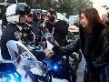 Cristina, ajuste y represi�n al servicio de las multinacionales