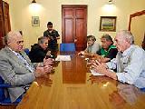 Referentes políticos, gremiales y mapuches contra la eliminación de ley anticianuro
