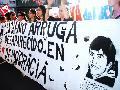 Policías increpan al hermano de Luciano Arruga