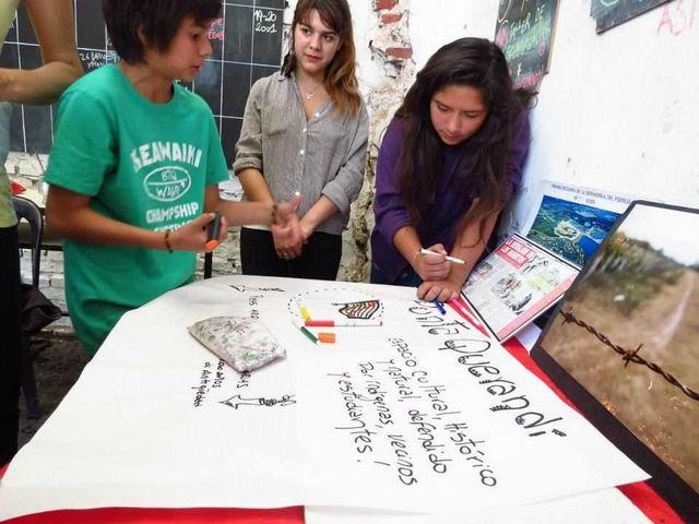 Estudiantes organiza...