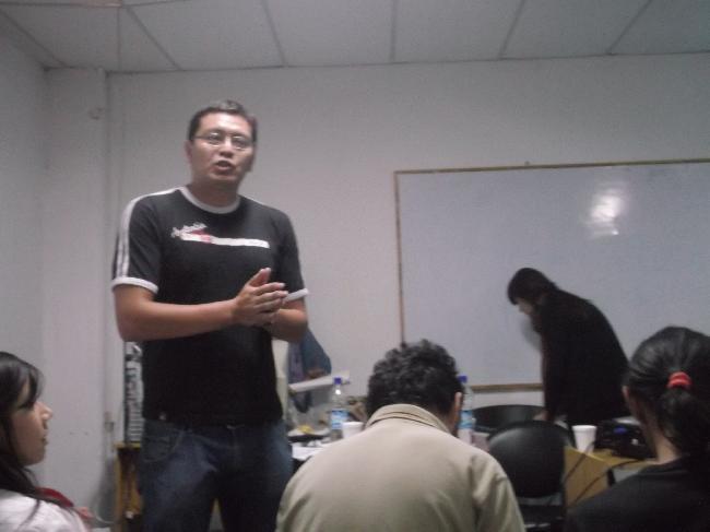 El Docente Javier Hu...