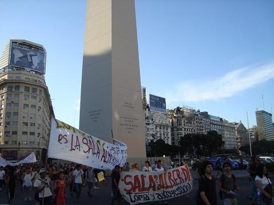 en el obelisco...