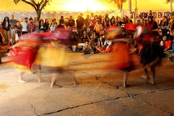 Grupo de danzas Hual...