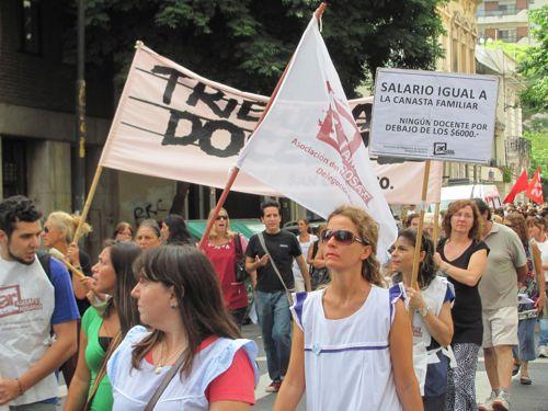 Marcha de AMSAFE Ros...