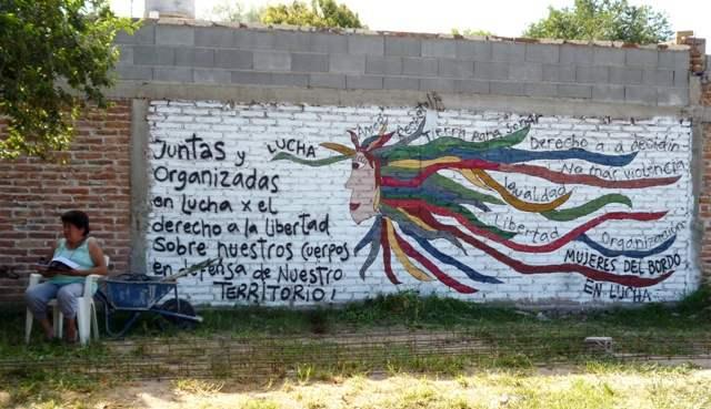 http://argentina.indymedia.org/uploads/2013/03/enuentro_de_el_bordo_y_villa_la_maternidad_16.12.12__4_.jpgmid.jpg