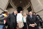 Diputados acompa�aron a F�lix D�az a Tribunales