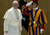 Bergoglio... Agua bendita para apagar el fuego de la revoluci�n
