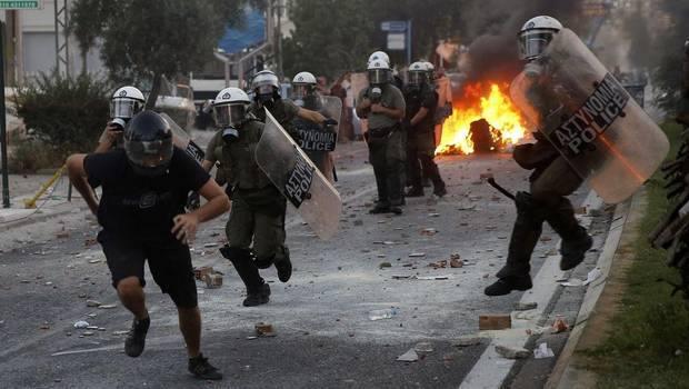Protestas en Grecia ...