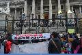 Bachelet funada (escrachada) en Buenos Aires, en solidaridad con presos pol�ticos mapuche