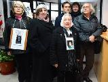 """""""Exigimos la libertad inmediata de los 5 presos pol�ticos de Santa Cruz"""""""