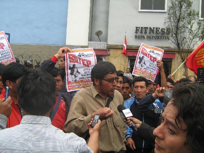 PERU: MAESTROS HACIA...