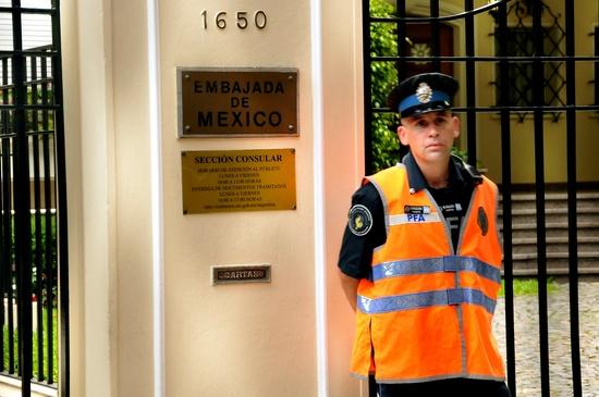 En la Embajada de Me...