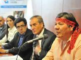 Hist�rica entrega de escrituras a comunidad Qom de La Plata