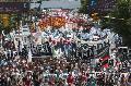 Postales de una marcha multitudinaria por Luciano Arruga