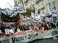 A 39 a�os del golpe, multitudinaria manifestaci�n del EMVyJ