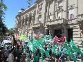 Miles de docentes por las calles de Santa Fe