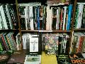 Se pueden conseguir los libros del escritor Ulises Barreiro en la librería...
