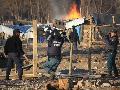 Neuqu�n: �La polic�a destruy� todo�