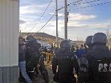 Liberan a los 10 mineros detenidos por despidos en la minera Santa Cruz