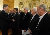 Macri, la reforma de Salud en la Argentina y los aplaudidores de siempre