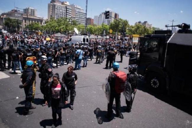 Represión en Argenti...