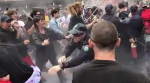 Australia: represión...